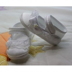 White Lace Baby Booties