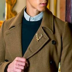 FashionMoon Golden Deer Head Model Necklace Brooch