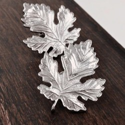 Sycamore Leaves Collar Needle