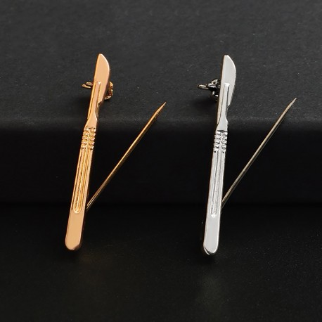 Fashion Moon Medical Jewelry Scalpel Model Collar Needle
