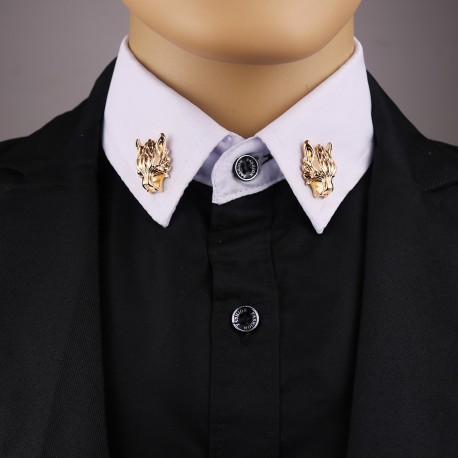 FashionMoon Wolf Head Collar Pin