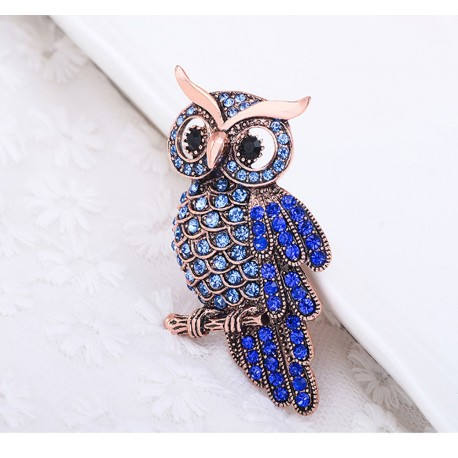 FashionMoon Owl Blue Color Cubic Zirconia Brooch